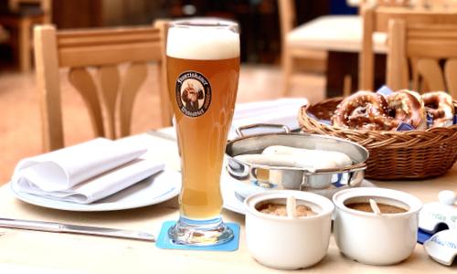 Weißwürstfrühstück im Zum Franziskaner München